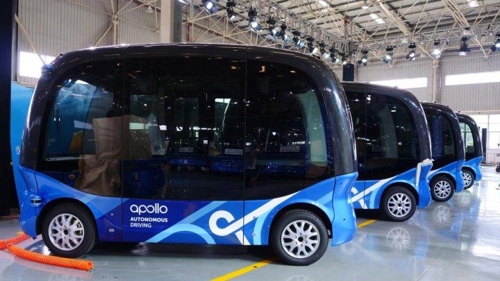 Primele autobuze autonome vor circula pe străzile din Japonia în 2019