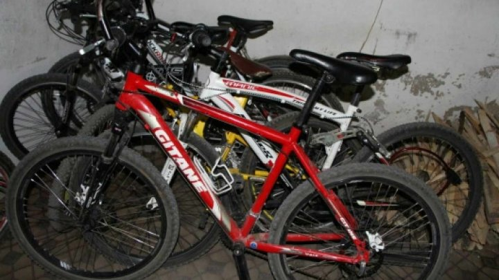 Făcea business cu biciclete furate. Un tânăr din raionul Râșcani, pe mâna poliției. Cum acţiona hoţul