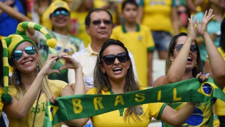 CM 2018. Suporterii Selecao au cântat și au dansat pe străzile din Rio de Janeiro după meciul cu Mexic
