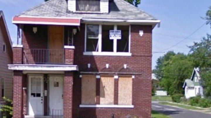 CAZ ÎNSPĂIMÂNTĂTOR: O femeie a trăit în casă timp de 8 luni cu CADAVRUL FIICEI sale