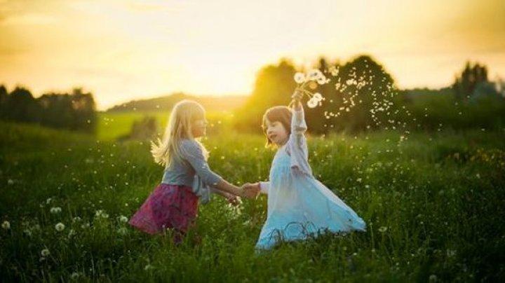 Cum ne păcălește creierul despre prima amintire din copilărie