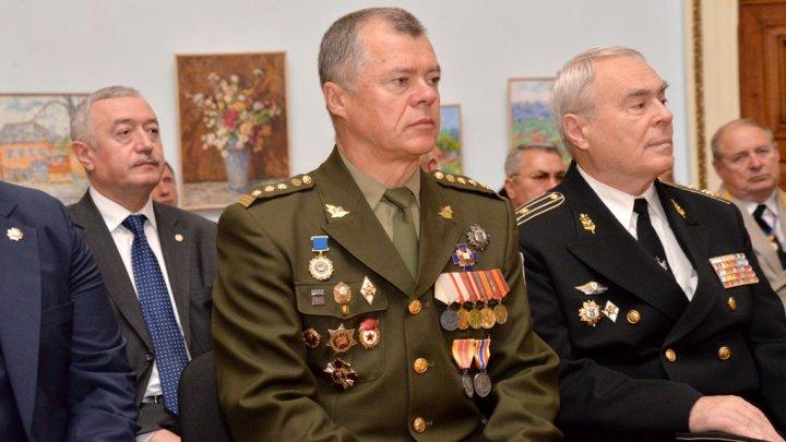 Un grup de veterani de război a primit legitimaţii de model nou