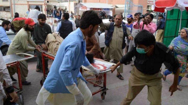 Bilanţ negru: Cel puţin 149 de morţi în urma atacului terorist din sud-vestul Pakistanului