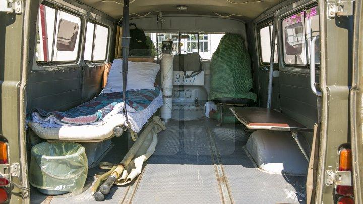 Ambulanţe noi pentru Asistenţa Medicală Urgentă. Mașinile sunt repartizate prin sate (FOTOREPORT)