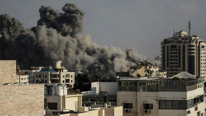 Armata israeliană a lansat un atac de amploare asupra grupării islamiste Hamas