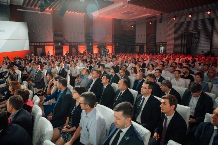 Vlad Plahotniuc, la forumul AOAM: Guvernarea vrea să devină partener de încredere pentru antreprenori şi investitorii străini