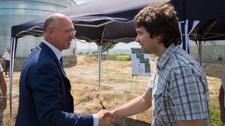 Pavel Filip a vizitat șantierul de construcție a apeductului Leova-Iargara, care va asigura cu apă 28 de localități (FOTO)