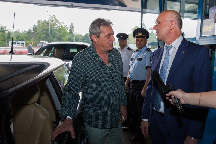 Pavel Filip, control inopinat la vama Leușeni: Nu se respectă înțelegerea pe care am avut-o, verificările trebuie să fie rapide și să nu deranjeze pasagerii