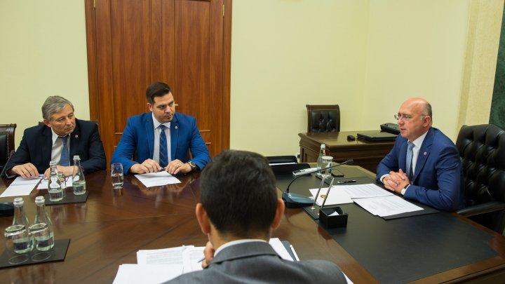 Prim-ministrul Pavel Filip solicită autorităților să identifice noi piețe de desfacere pentru produsele moldovenești
