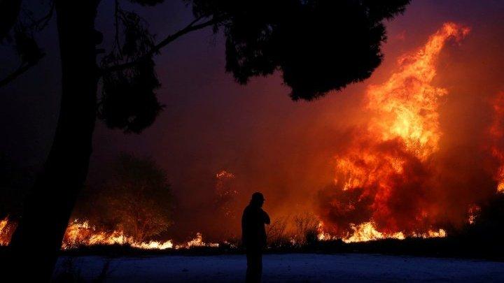 ATENȚIE! Moldovenii care vor să plece în Grecia trebuie să vadă asta! Harta zonelor afectate de incendiu