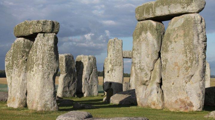 Cum a fost construit Stonehenge? Arheologii au descoperit ruta pe care erau transportaţi megaliţii