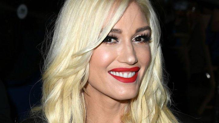 Gwen Stefani, așa cum poate fi văzută rar de fanii ei. Cum a fost surprinsă cântăreaţa