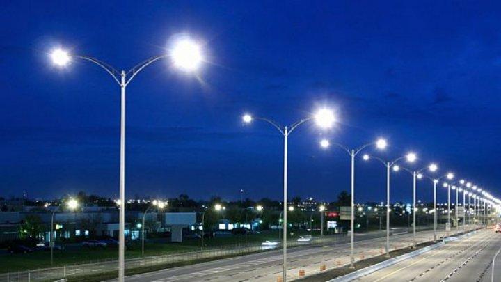 Iluminare stradală extinsă pentru locuitorii orașului Strășeni. Guvernul Germaniei susţine proiectele de dezvoltare din regiune