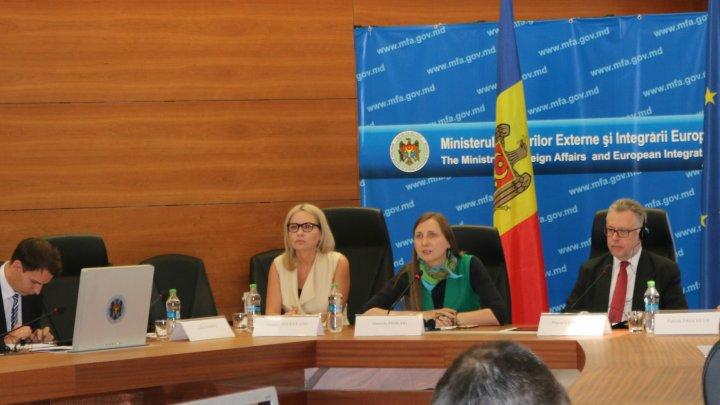 La Chișinău s-a desfășurat seminarul dedicat preluării experienţei franceze în procesul de coordonare a aspectelor de integrare europeană