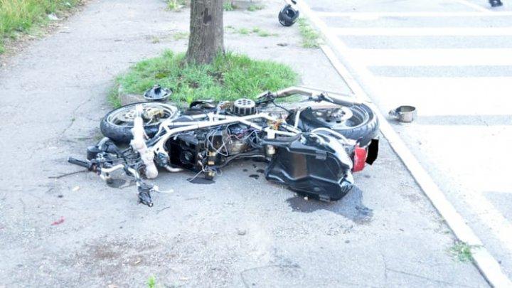 Un moldovean se zbate între viaţă şi moarte, în urma unui accident de motocicletă în Italia (FOTO)