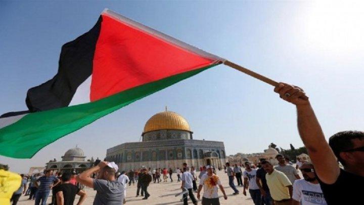 Poliţia israeliană închide accesul la Esplanada Moscheilor. Care este motivul