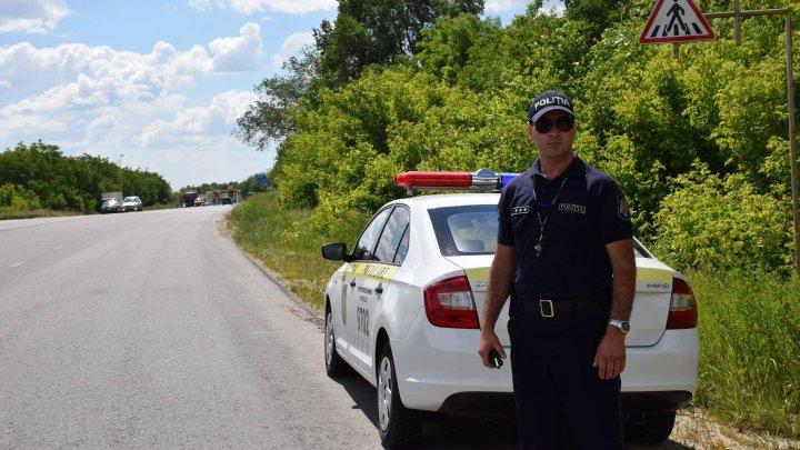 """Mesajul poliţiştilor către un şofer: """"Îţi cerem să nu te superi..."""""""