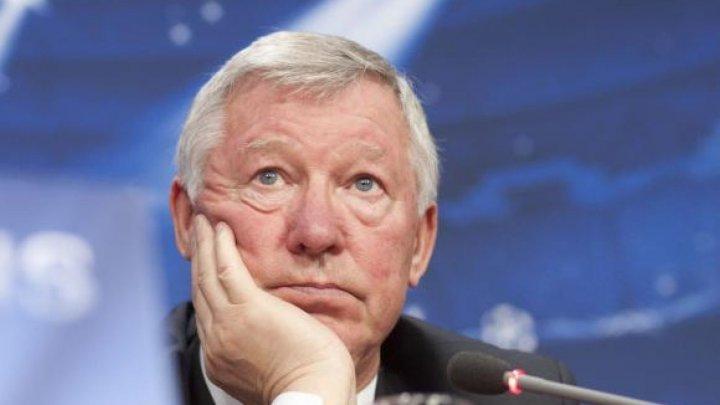 Sir Alex Ferguson, legendarul antrenor al echipei Manchester United, a avut prima apariţie publică după operaţie pe creier