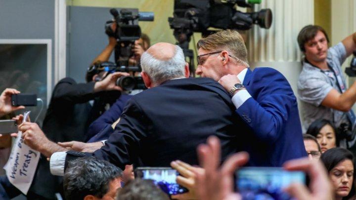 RAPORT: Ura împotriva jurnaliştilor a degenerat în violenţă
