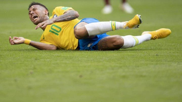 Află cât a stat Neymar căzut pe gazon, la Cupa Mondială: Este cel mai faultat jucător