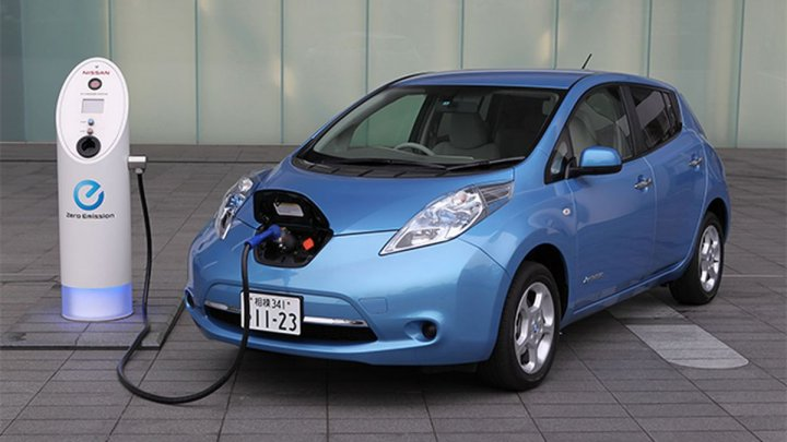 Nissan a anulat potenţiala vânzare de un miliard de dolari a subsidiarei care produce baterii. Care este motivul