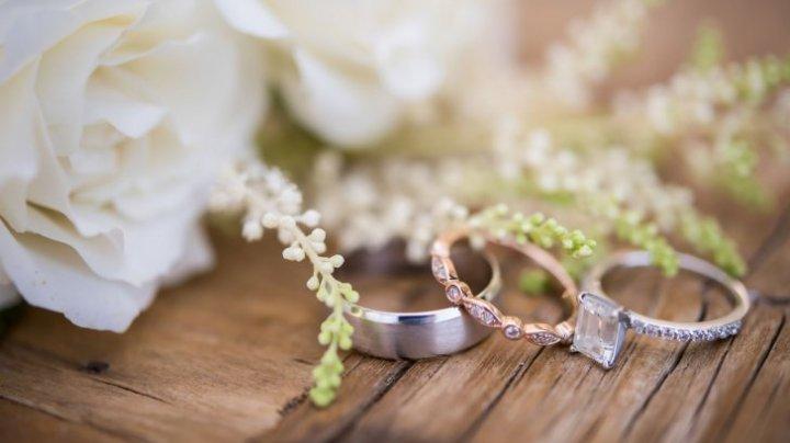 TREBUIE SĂ ŞTII! Când nu se fac nunți în anul 2019