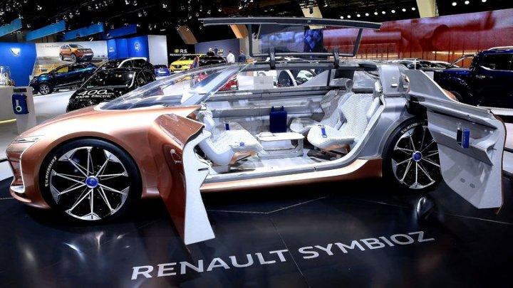 Renault va lansa un serviciu de transport în Franța, concurând Uber