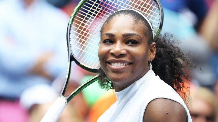 Serena Williams s-a calificat pentru a zecea oară în finala de la Wimbledon
