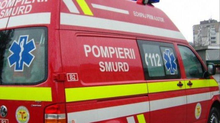 Accident grav în România. Un autocar, un microbuz şi o autoutilitară s-au ciocnit. Sunt 11 răniţi
