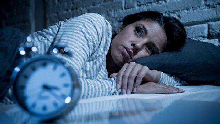 Este bine să știi! Lipsa somnului provoacă singurătate și respingere socială