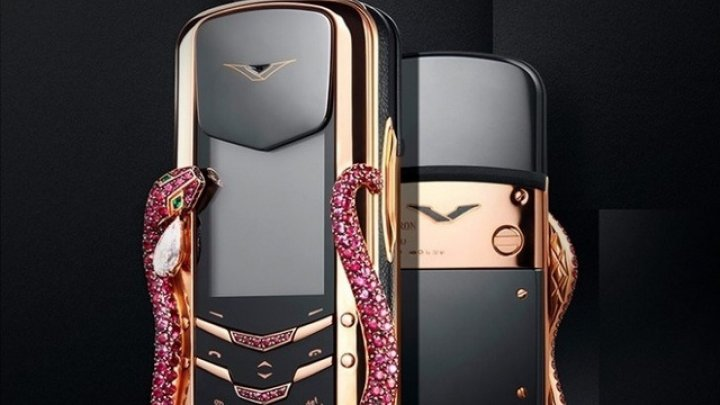 Topul celor mai URÂTE telefoane mobile lansate vreodată (FOTO)