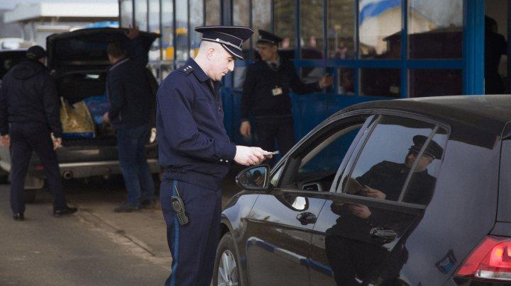 Doi moldoveni au vrut să ajungă cu acte false în Europa, dar au fost descoperiți la frontieră