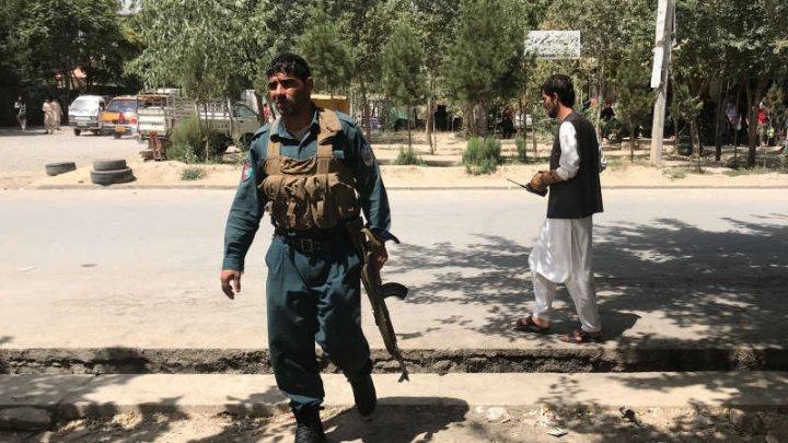 Statul Islamic revendică atentatul sinucigaş cu bombă comis miercuri la Kabul