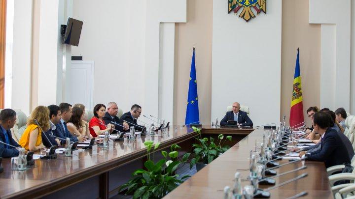 Pavel Filip, alături de Consiliul Economic pe lângă Prim-ministru: Putem schimba situația socială în țară numai prin dezvoltare economică