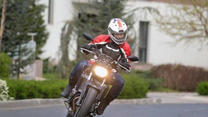 """ATENŢIE MOTOCICLIŞTI! Poliţia desfășoară de mâine operațiunea """"Motociclistul"""" în întreaga țară"""