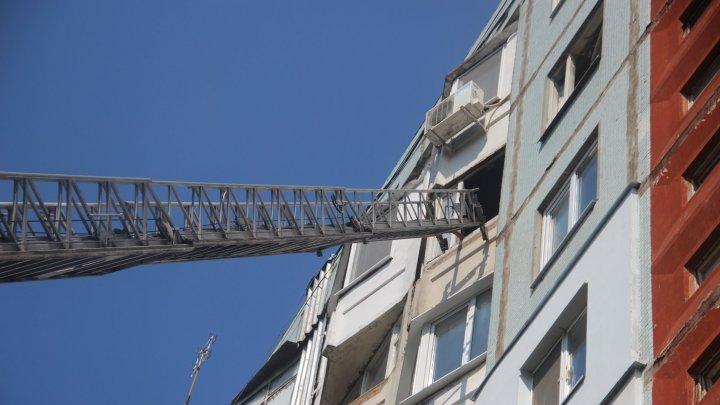 Apartament din sectorul Ciocana, în flăcări. În interior se aflau două persoane (FOTO)