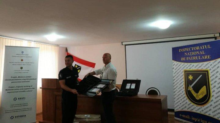 Inspectoratul Național de Patrulare a primit mijloace de stopare forțată, donate de Republica Estonia