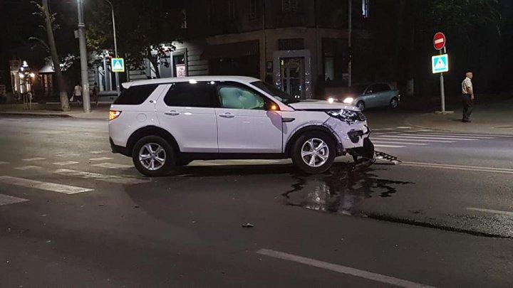 ACCIDENT VIOLENT în Capitală: Care este starea celor doi tineri care au fost răniți (VIDEO/FOTO)