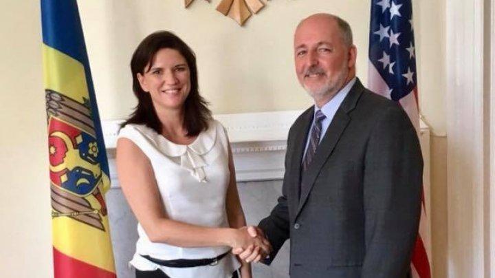 Cristina Balan a avut o întrevedere cu Jeffrey Donald, Prim Vicepreședintele Consiliului de Afaceri pentru Ințelegere Internațională