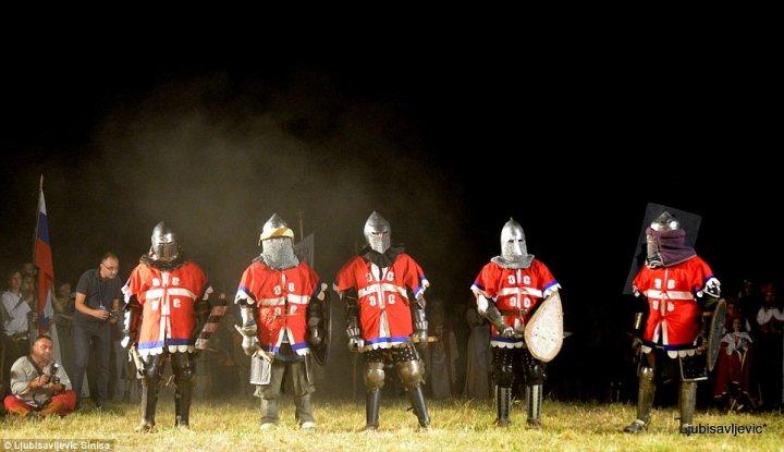 LUPTE MEDIEVALE ÎN SERBIA. La campionat au participat peste 600 de luptători din 17 țări