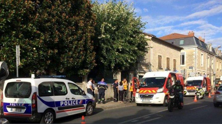 Un afgan solicitant de azil în Franţa, aflat în stare de ebrietate, a înjunghiat patru persoane