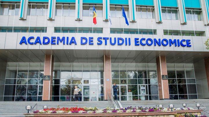 Dosarul ASEM: Mandatele de arest pe numele a trei persoane au fost prelungite