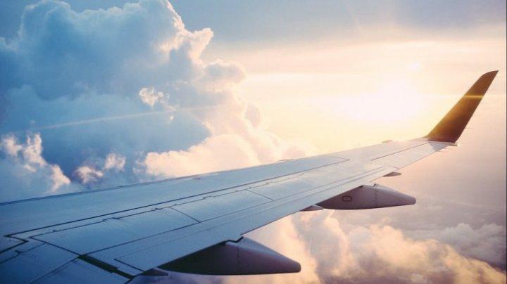Un pilot este investigat pentru un DESEN INDECENT pe care l-a realizat pe cer (FOTO)