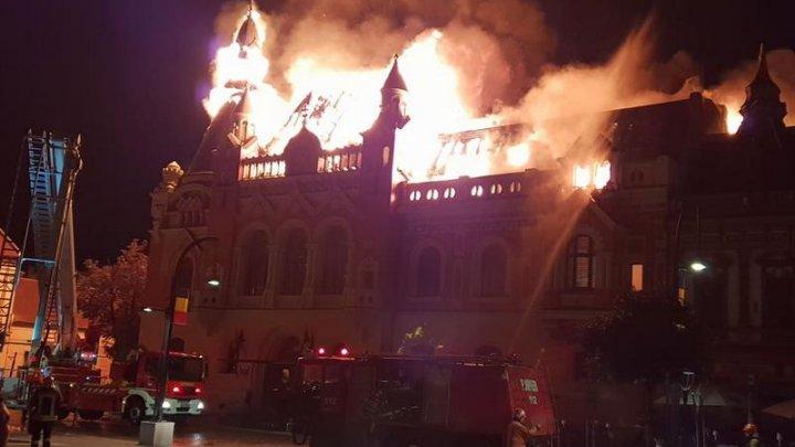 Ce se va întâmpla cu Palatul Greco-Catolic din Oradea care a ars aproape în întregime