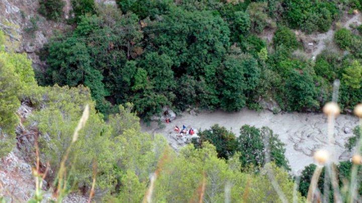 Italia: Unsprezece oameni au murit după ce au fost luaţi de ape într-un parc naţional