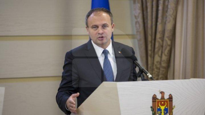 Andrian Candu de Ziua Independenţei Republicii Moldova: Bucuria de a trăi în independenţă nu se măsoară în număr, ci în liniştea în care trăim