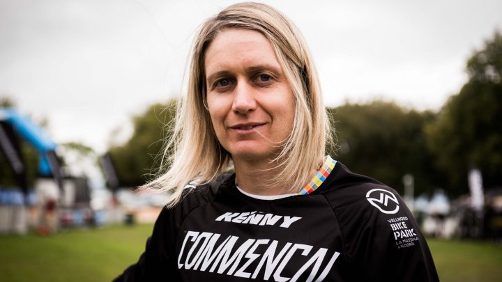 Cecile Ravanel s-a impus în etapa a șasea a raliului Enduro