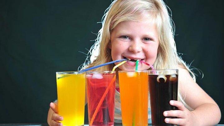 O țară din Europa are în vedere interzicerea vânzării de băuturi energizante către copii