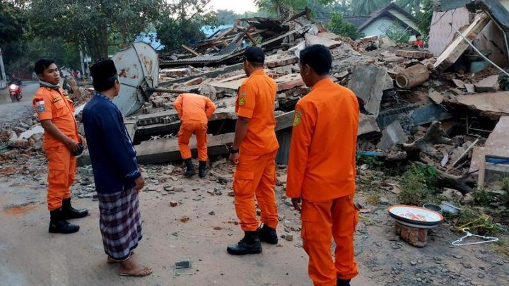 Bilanțul seismului de pe insula indoneziană Lombok a urcat la 387 de morți