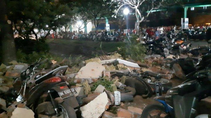 Bilanţul persoanelor decedate în urma seismului devastator din Indonezia a crescut la 131